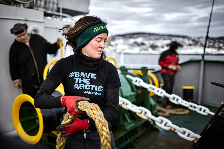 greenpeace-volunteer